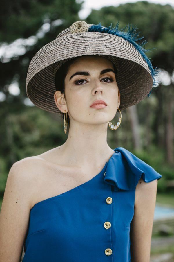 7d3bdb2b3 Flamintgo | La invitada del vestido asimétrico azul petroleo